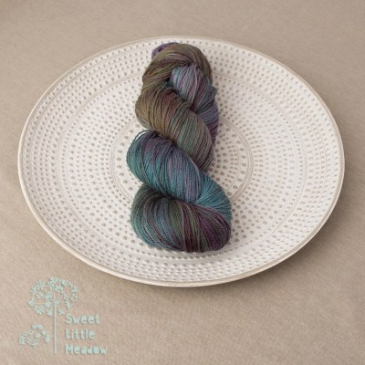 Rich jewel tones skein DK weight superwash merino wool hand dyed