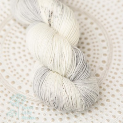 Grey speckled skein 4ply sock wool merino superwash handdyed indie dyer