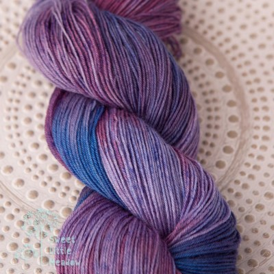 Passiflora Incense Purple and blue skein 4ply sock wool merino superwash handdyed indie dyer